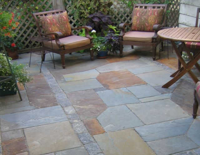 Full Color Bluestone Patio