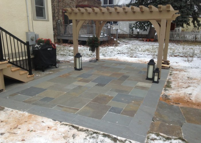 Hartford Ave Patio